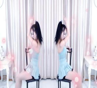 不一样的小野猫mv_不一样的小性感mp3_不一心比基尼张蓝野猫图片