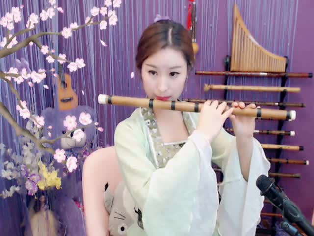 在水一方竹笛版风萧萧