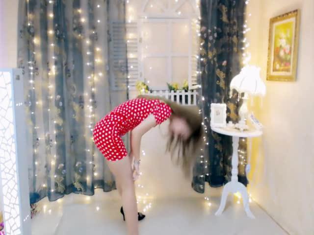 这舞蹈不能看,半夜看了睡不着啊